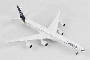 Lufthansa New Livery Airbus A340-600 Herpa HE534192 scale 1:500