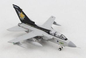 Goldstars RAF Panavia Tornado GR.4 No 31 Sqn Tornado Farewell tour Herpa 570527 Scale 1:200