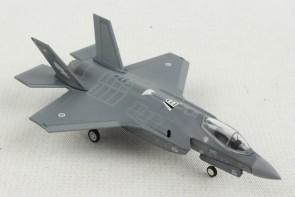 Royal Australian AF F-35A Lightning II - No 3 Squadron RAAF Base Herpa 570534 scale 1:200