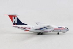 HeavyLift Cargo Airlines Ilyushin IL-76 RA-76401 532785 Herpa scale 1:500