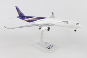 Thai Airbus A350-900 HS-THB With Gear Hogan HG10703G Scale 1:200