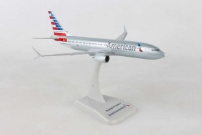 American Boeing 737max8 with stand and gears HG10918G scale 1:200