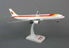 Iberia A330-300 W/Gear Reg# EC-LUK, HG5668G 1:200