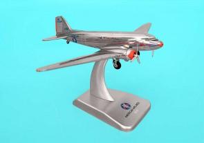 American Airlines DC-3 N17334 1/200 Hogan