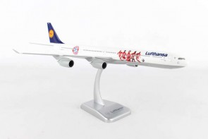 Lufthansa Airbus A340-600 Bayern Munchen FC with Stand Hogan HGLH49 Scale 1:200