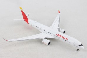 "Iberia Airbus A350-900 EC-MXV ""Placido Domingo"" Herpa Wings 532617 scale 1:500"