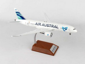 Air Austral Boeing 787-8 Dreamliner F-OLRC With Stand IF7870616