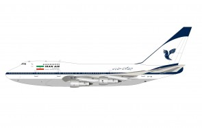 Iran Air Boeing 747SP EP-IAD with stand InfFight IF747SPIR0720 scale 1:200