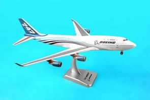 Hogan Boeing House 747-400BCF (1:200) W/GEAR 1:200