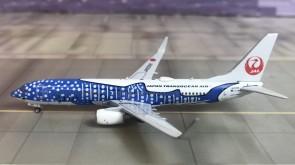 JAPAN TRANSOCEAN AIR  Boeing 737-800 Reg JA05RK Phoenix Model 04171 scale 1:400