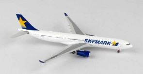 Japan Skymark Airlines Airbus A330-300 Reg# JA330D Phoenix 11299 Scale 1:400