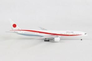 Japan Air Force Boeing 777-300ER 80-1111 JASDF Herpa 532778 scale 1:500