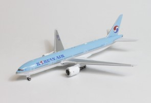 Korean Air Boeing 777-200ER HL7766  die-cast Phoenix 04406 scale 1:400