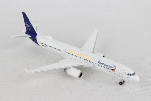 Lufthansa Airbus A321 Fanhansa team plane Russia 2018 D-AISQ new livery Herpa Wings 531979 scale 1:500