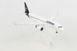 Lufthansa Airbus A320 D-AINO New Livery Herpa Wings 559768 Scale 1:200