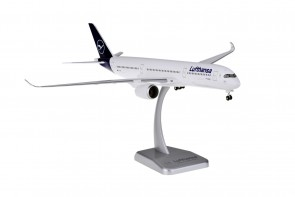 Lufthansa Airbus A350-900 D-AIXI New Livery with stand and gears Hogan HGDLH001 scale 1:200