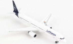 "Lufthansa Airlines Airbus A321 D-AIRY ""Die Maus"" Herpa Wings 533621 scale 1:500"