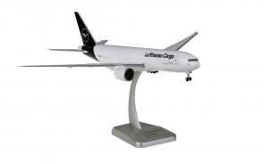Lufthansa Cargo Boeing 777F D-ALFA new livery stand & gears Hogan HGDLH004 scale 1:200