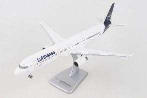 Lufthansa new livery Airbus A321 D-AIDB with gears & stand Hogan HGDLH008 scale 1:200