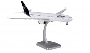 Lufthansa new livery Airbus A330-300 D-AIKR gears & stand Hogan HGDLH007 scale 1:200
