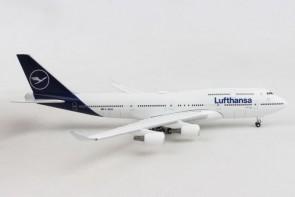 Lufthansa New Livery Boeing 747-400
