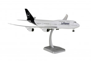 Lufthansa New Livery Boeing 747-8i D-ABYA gears & stand Hogan HGDLH003 scale 1:200