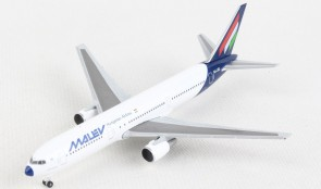Malev Boeing 767-300 HA-LHC Herpa HE534185 scale 1:500