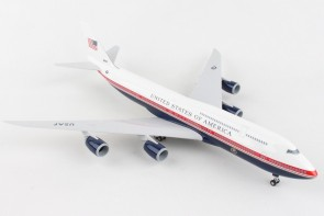 New Air Force One Boeing 747-8i 3000 proposed livery with gears & stand Skymarks SKR1076 scale 1:200