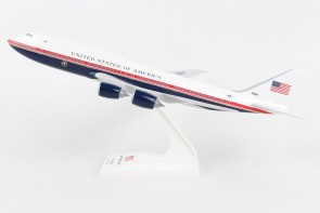 New Air Force One Boeing 747-8i VC-22B 3000 proposed livery with stand Skymarks SKR1067 scale 1:250