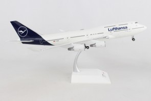New Livery Lufthansa Boeing 747-400 Metallic D-ABVM