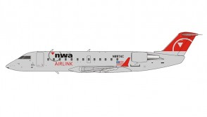 Northwest Airlink CRJ-440 N8974C Operated by Mesaba Airlines NG Models 44001 scale 1:200