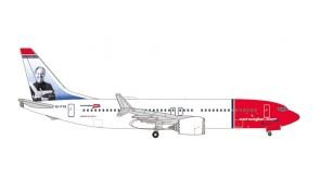 """Norwegian Boeing 737Max8 EI-FYA """"Sir Freddie Laker"""" die-cast Herpa Wings 535229 scale 1:500"""
