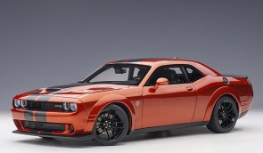Orange/Cinnamon Dodge Challenger SRT Hellcat Widebody 2018 Cinamon Stick/Dual Gunmetal Center Stripes AUTOart 71736 scale 1:18