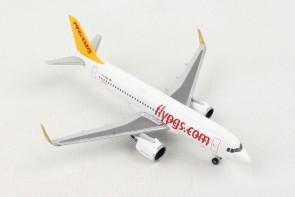 "Pegasus Airlines Airbus A320 ""Flypgs.com"" Herpa 531788 1:500"