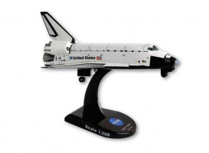Space Shuttle Atlantis by Postage Stamp PS5823-1 1:300