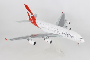 "Qantas Airbus A380-800 new livery VH-OQF ""Charles Kingsford Smith"" Herpa 559423 scale 1:200"