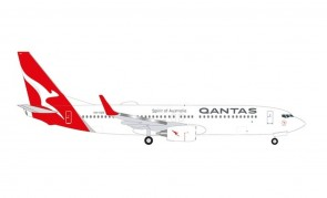"""Qantas Boeing 737-800 VH-VZR """"Coral Bay"""" new livery Herpa Wings 535502 scale 1:500"""