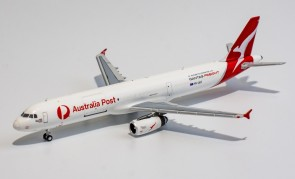"""Qantas Freight """"The World's First"""" Airbus A321P2F VH-ULD die-cast NG Models 13022 scale 1:400"""