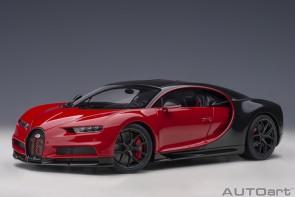 Red Bugatti Chiron 2019 Italian red/carbon Black AUTOart 70996 scale 1:18