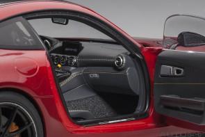 Red Mercedes AMG GT R Designo Cardinal Red Metallic AUTOart 76331 scale 1:18