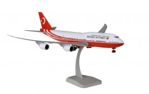 Republic of Turkey Boeing 747-8i Turkish Government with gears & stand Hogan HG11717G scale 1:200