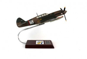 USAF Curtiss P-40e Warhawk #68 Executive Series SEAF003W Scale 1:24
