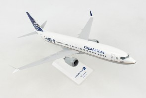 Copa Delivery Color Boeing 737-Max8 w/stand Skymarks SKR1003 scale 1:130