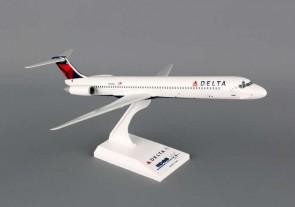 Skymarks Delta MD-80 1/150 SKR648