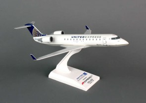 Skymarks United Express CRJ200
