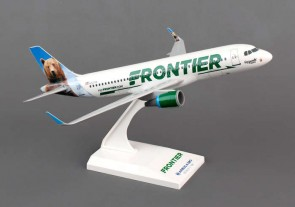 Frontier Airbus A320 with sharklets SKR806 by Skymarks Scale 1:150