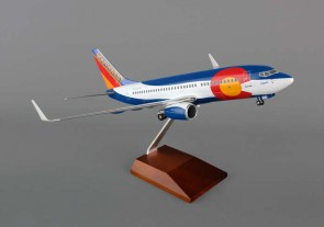 Southwest 737-700 1/100 Colorado One w/ Wood Stand & Gear