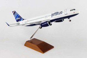 "JetBlue Airbus A320 ""Barcode"" Wood Stand & Gears Skymarks Supreme SKR8333 Scale 1:100"