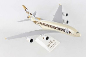 Etihad Airbus A380 Year of Zayed 2018 W/Gear Skymarks SKR884 Scale 1:200
