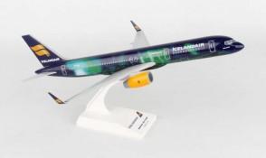 SKR892 SKYMARKS ICELANDAIR 757-200 1/150 HEKLA AURORA